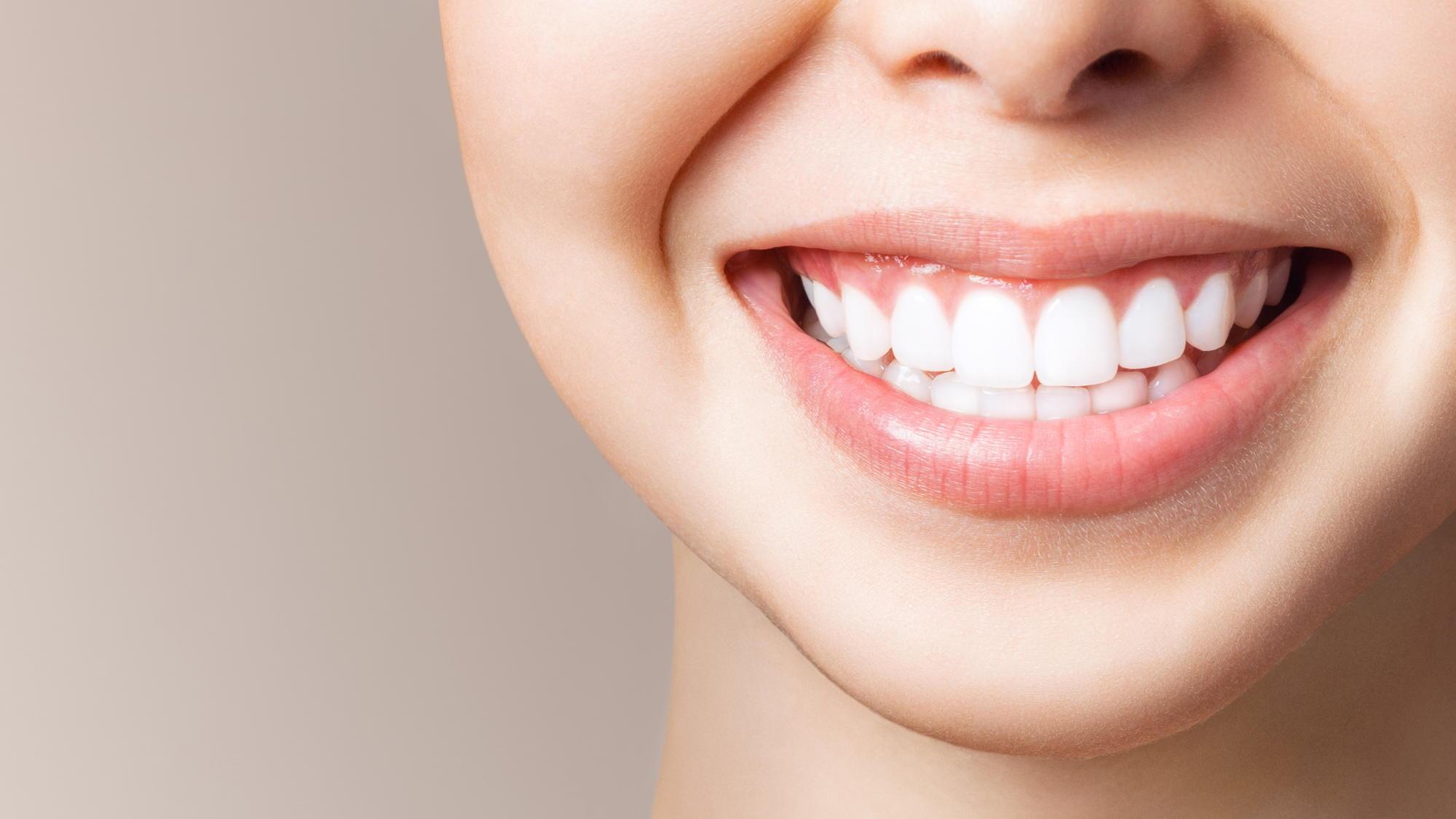 sposoby wybielania zębów w gabinecie dentystycznym